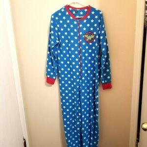 DC Comics Wonder Woman Footed Pajamas Size L G12E